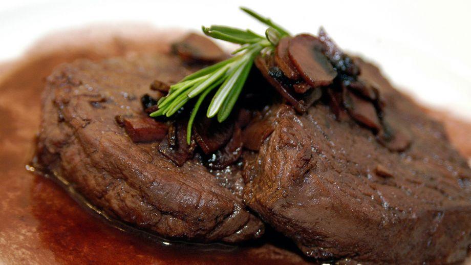 Solomillo de cerdo al horno con vino